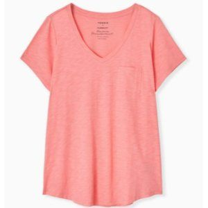 Torrid Classic Fit Pocket Tee Size 0